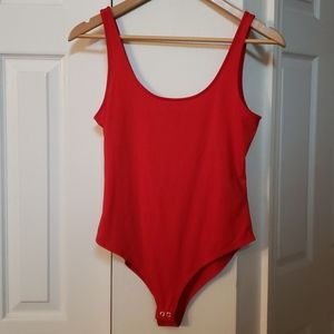 FOREVER 21 red tank top with bottom snaps EUC